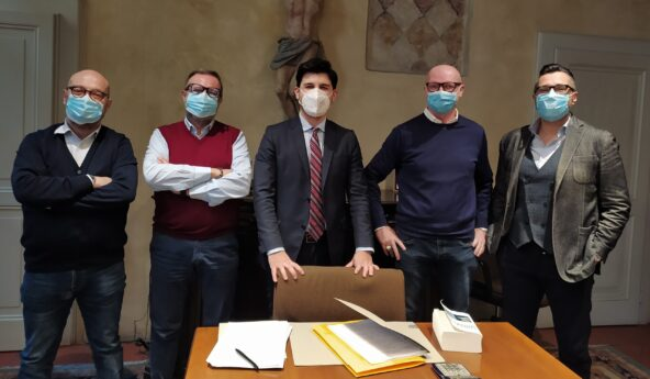 da sin. Paolo Romagnosi, Massimo Cavagnini, notaio Marco Massa, Massimo Brassoli, Carlo Fenaroli